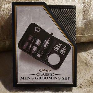 NWT - Men's Grooming Set